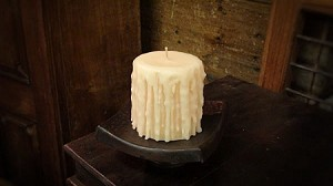 "3.5""x3.5"" Old World Candle"